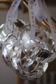 Glass napkin rings adding more touches of glam..